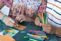 @school / Better, trouble-free writing and drawing – for even better performance at school: ergonomic pens for children and adolescents of all ages, with versions specially designed for left- and right-handed users.