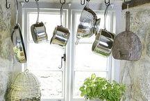 Kitchen / by Maja Andrejic