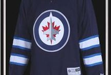 Winnipeg Jets players / This board contains all players that have put on a jersey for the Winnipeg Jets since their move to Manitoba, excluding a few that I couldn't find the photos for.