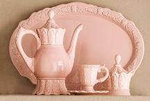 teacups & teapots / Tasses, mugs, choppes, pots, ainsi que tout le bazar qui concerne la cérémonie de thé