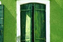 me like green ? YES!!! / by Andrew-Charlotte Alvarado