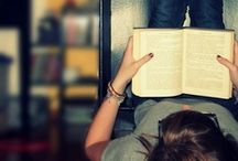 only cool people read / by Julie Webb