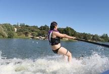 #esquialsol / ¡Porque no hace falta mar para disfrutar de un día de esquí acuático! Jornada de Vida al Sol haciendo esquí acuático en Madrid.