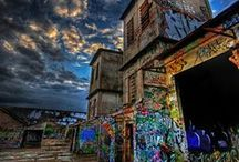 Abandoned / Homes, buildings and objects that have been deserted and weathered over time