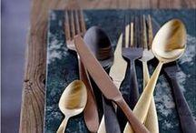 Dream Kitchen / Redescoperă pasiunea pentru gătit de la piese de mobilier centrale și până în cele mai mici detalii. Lasă-te inspirat de sutele de produse destinate zonei de bucătărie și găsește echilibrul perfect între funcționalitate, design și confort.