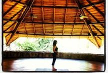 Yoga Sessions / Whether or not you have yoga experience, you are sure to enjoy doing yoga with our instructor, Pili, in the breathtaking local of Costa Ballena in Costa Rica's South Pacific