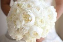 wedding flowers / Bouquets and wedding decor