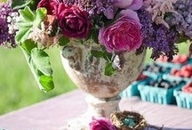 Centerpieces & Bouquets / by Pamela Mead