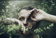 S{e}cret Garden / Her heart was a secret garden and the walls were high.
