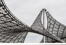 Mooi Goed // Architecture / Black and white architecture