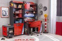 Serie Champion Racer: Mobiliario / Dormitorio temático del mundo del motor. Mobiliario con todos los detalles para que tu habitación infantil parezca un box de Fórmula 1