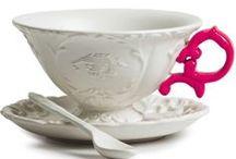 Sklo a porcelán