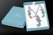 Box Set / Purchase a pendant and necklace from one of our best selling collections, and receive a FREE chain and gift box!