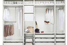 Costume fitting / Walk-in-closets