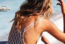 Beachwear / Stroje kąpielowe, stroje plażowe, bikini, sukienki plażowe, sarongi, spódniczki plażowe, kostium do pływania, stroje do pływania - zobacz modne stroje plażowe i kąpielowe dla kobiet  Beachwear & Swimwear for Women, Women's Bikinis & Swimsuits, Beach Dresses & Sarongs, Swimming Costumes & Playsuits, Ladies Swimwear & Beachwear