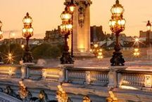 City lights <3 / Travel Bucket List & co.