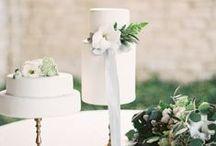 {cake} wedding / cake | wedding cake | cake for breakfast | rustic | modern | contemporary | alternative | unique | wedding inspiration