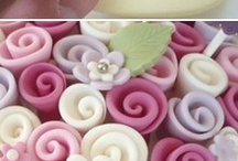 Fondant and Sugar flowers / Technics and basics for cake decorating