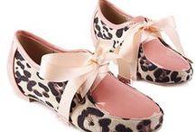 zapatos / by Kasiely Jimenez Pichardo