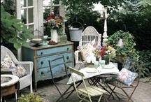 Outdoor Living Areas / by Renee Buchanan