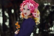 Fashion: Hair: Bright Colors / by Kiki H.