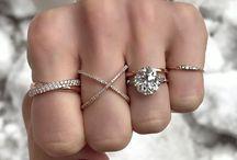 rings ∘ / bling