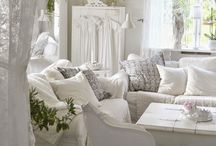 White shabby chic home / Dreaming in white