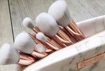 makeup brushes ∘ / your makeup is only as good as your tools