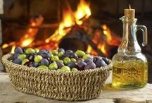 L'olio d'oliva della Tuscia,Tuscia olive oil / L'olio,una tradizione antica dal gusto ancor vivo... Olive oil,an ancient tradition with a deep taste..