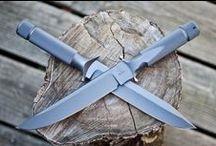 Knives / Кто не играл в детстве в ножички?