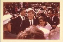 1963 - 21 Novembre. SAN ANTONIO. Airport. John-Fitzgerald KENNEDY / At 1:30pm on November 21st, the President and Mrs. Kennedy touched down at the San Antonio Airport for a two-day trip to Texas. President John F. Kennedy dedicated the School of Aerospace Medicine on November 21, 1963, the day before he was assassinated. This was Kennedy's last official act as president.