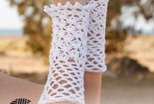 Crochet - Wrist Warmers/Fingerless Gloves / Crochet