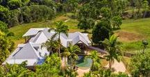 A family getaway in Byron Bay / Planning a getaway to Byron Bay? Be inspired by our luxurious collection of private holiday homes and boutique resorts.