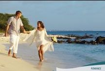 Romance en Aruba / Decir SÍ ACEPTO o celebrar un año más al lado de la persona que amamos en un paraíso es la mejor forma de conquistar el cielo. ¡Te esperamos en Aruba para vivir el amor!