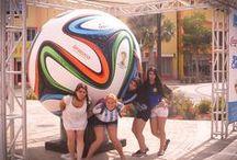 #LaBarraFeliz / ¡Las chicas alentaron a su país y ganaron el concurso de #LaBarraFeliz! Disfrutaron de un viaje inolvidable a la isla feliz