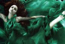 Pantone 2013: Emerald / PANTONE Color of the Year: Emerald (17-5641)