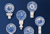 Blue Room / Originating from the 18th century, Spode's Blue Room collection is made up from a medley of distinctive motifs and patterns, ranging from floral to faunal, to famous places and scenery.