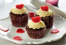 Muffins   cupcakes  dansk tekst / Cupcakes = muffins + frosting (+ kagepynt)