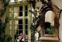 Gardens & Outdoor Living