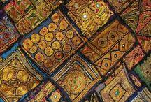 Tapisserie Tribale / Quelques détails des tapisseries Tribales récupérées une a une dans certaines régions de l'Inde.