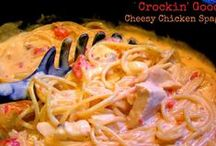 Crock Pot Creations / No matter how skilled of a cook you are, one can ALWAYS use more delicious crock pot recipes!