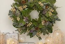 Year-round Decorative Wreaths / Bring the beauty of the holidays to your home in minutes with beautiful pre-decorated wreaths