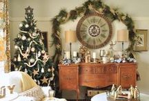 Holiday Housewalk / We bring you Yuletide joy as ten of our bloggers show you around their homes, spruced up for the holidays.
