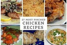 Most Popular Chicken Recipes / Looking for the absolute yummiest/best chicken recipes? Then look no further - these are the most popular chicken recipes on Just A Pinch!