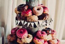 Donuts - Wedding Donuts / Des donuts à la place du traditionnel wedding cake ! Une chouette idée pour faire pétiller son dessert où son vin d'honneur !