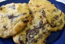 Most Pinned Cookie Recipes / Mmmm cooooooookies! And these are the best cookies ever. You know these recipes are goooood!