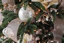 French Country Theme / Add a romantic flair to your holiday decor with our collection of gold, champagne, and ivory accents.