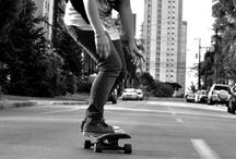 Skateboard-ing