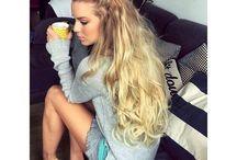 Feminices de cabelo / Cortes, cores, cuidados e penteados.