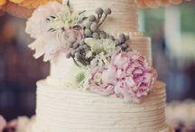 Cakes / Beautiful creations of the Cake kind.... nom nom nom...